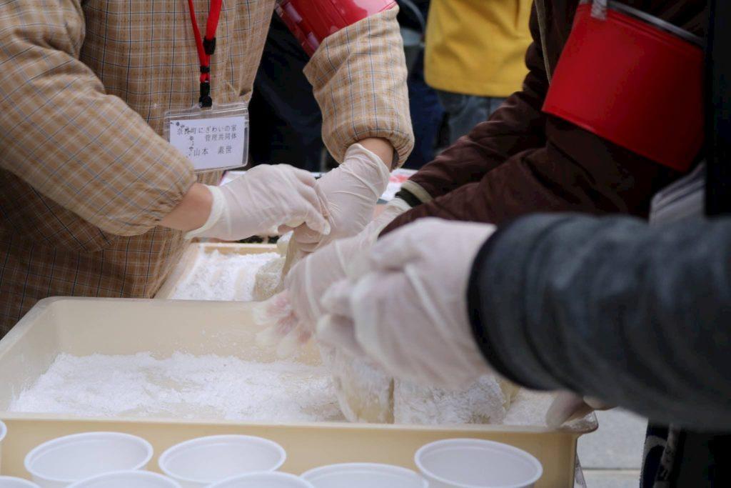 みんなで餅つき大会 | 奈良県 (奈良町にぎわいの家)