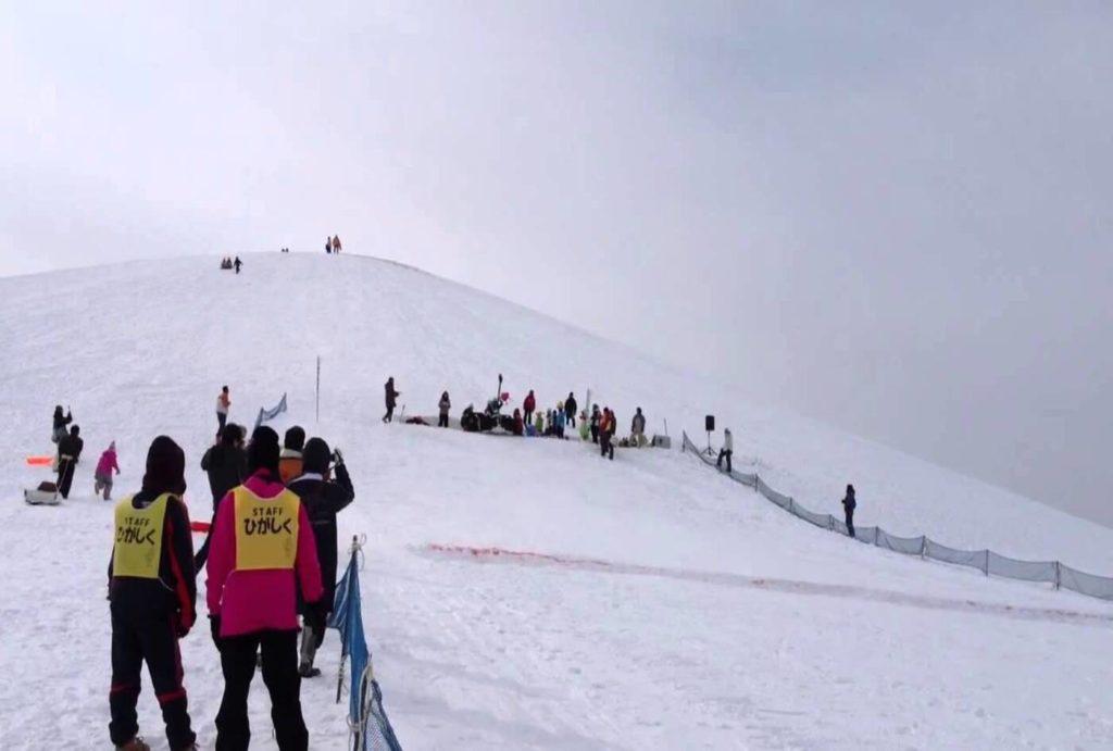 モエレ山爆走そり大会 | 北海道