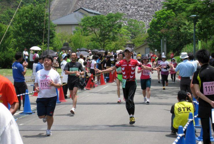 たたらぎダム湖マラソン大会 | 兵庫(あさご芸術の森美術館)
